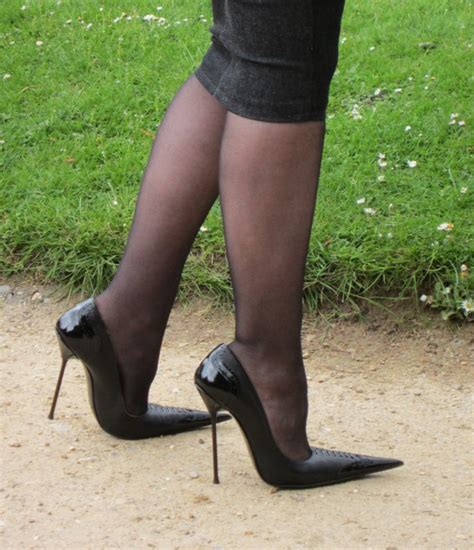 rosa high heels why pointed stilettos high heels by rosa shoes
