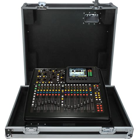 Behringer 16 Channel Digital Mixer behringer x32 tp compact digital mixer touring x32 compact tp