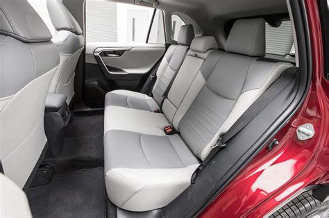 Rav 4 7 Seats by 2019 Toyota Rav4 Rear Interior Seats 03 Motor Trend