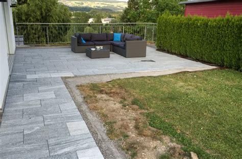Bodenplatten Garten Verlegen by Garten Terrasse Stein Localmenu Co