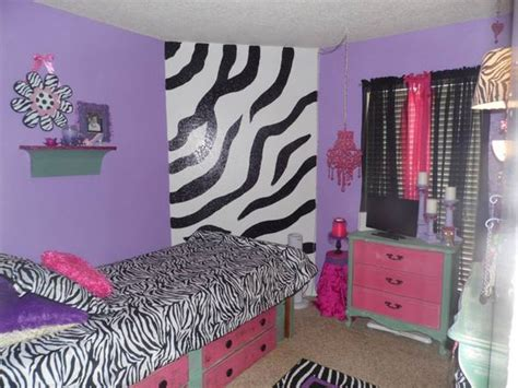 20 year old girl bedroom we colors and the o jays on pinterest