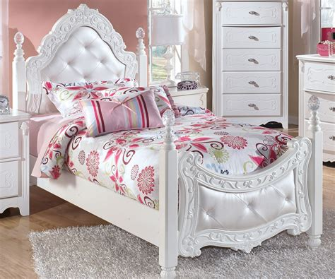 exquisite twin size poster bed by ashley furniture white