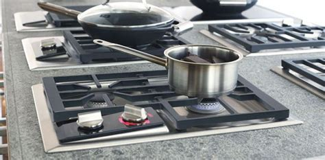 gas cooktop with wok burner 1000 images about wolf gas cooktops on