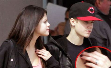 Justins Shopping For A Ring For by Selena Gomez And Justin Bieber Wedding Ring Www Imgkid
