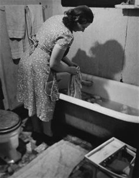 wash clothes in bathtub 1000 images about great decade 50s on pinterest