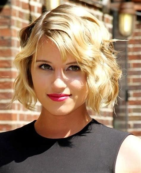 hairstyles for fine thin wavy hair for women over 45 20 best short wavy haircuts for women popular haircuts
