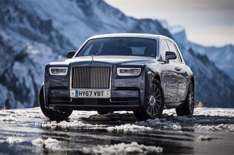 rolls royce facts five facts about the rolls royce phantom viii you need to