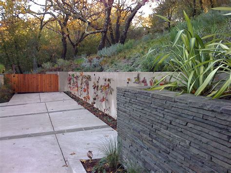 Cool Wood Retaining Wall Design Decorating Ideas Images In Contemporary Garden Walls