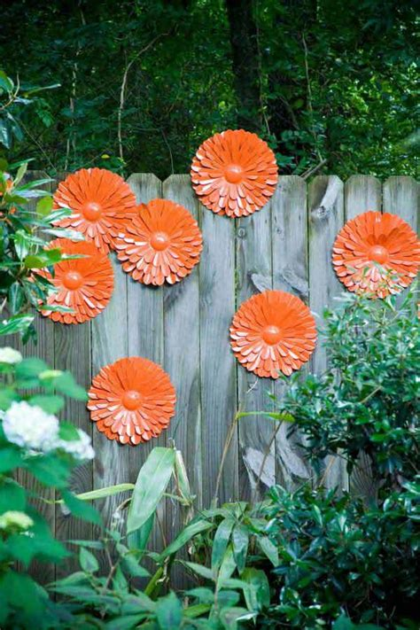 Decorate Your Garden by Top 23 Surprising Diy Ideas To Decorate Your Garden Fence
