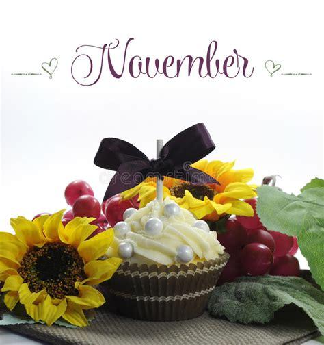 november seasonal flowers beautiful fall thanksgiving theme cupcake with seasonal