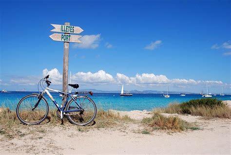 Short Bathtub A Guide To Island Hopping Around Spain S Balearic Islands