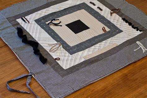 Monkey Patchwork Baby Quilt Sewing Projects Burdastyle - patchwork baby quilt play mat in neutrals black white