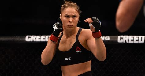 rhonda rousey seattle mist daniel cormier rips gina carano for offering ronda rousey