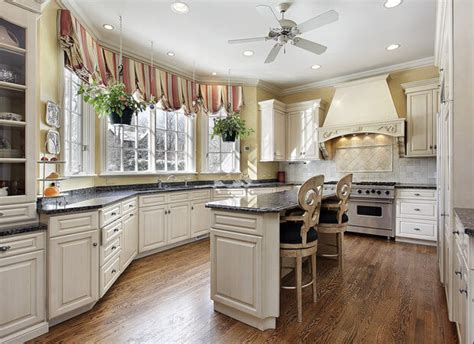 Kitchen Cabinets Port Fl by Visit The Best Cabinet Store In Port Fl