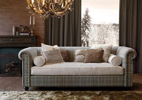 letto di chiodi divano letto con chiodi ribattuti a mano idfdesign