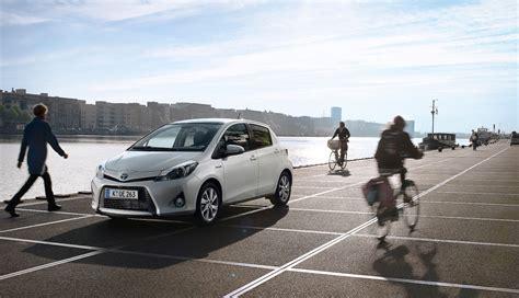 Auto Kaufen Mit Tüv by Toyotas Hybridautos Vor Allem In Deutschland Sehr Beliebt