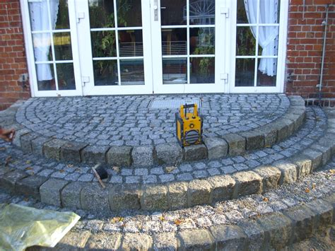 terrasse treppe runde naturstein granit terrasse treppe