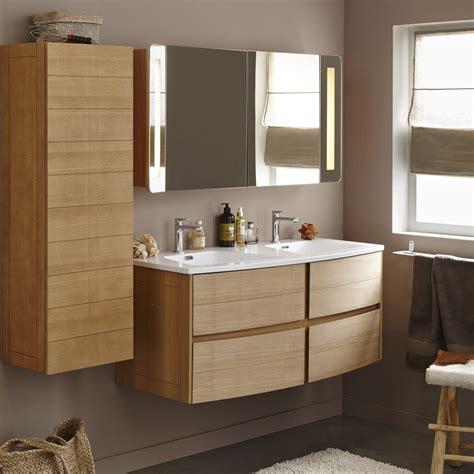 Meuble de salle de bains plus de 120, brun / marron