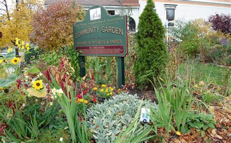 april 2011 broadway community garden lend a hand or some perennials to grassroots gardens of