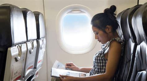 tips naik pesawat hamil muda tips ibu hamil tetap aman naik pesawat