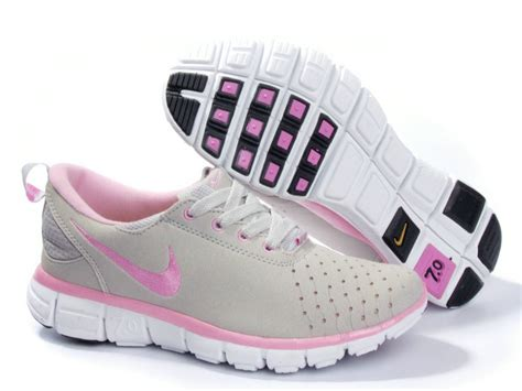 nike 7 0 running shoes womens nike free trainer 7 0 running shoes grey pink