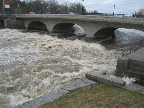 thames river management flood forecasting and warning utrca inspiring a healthy