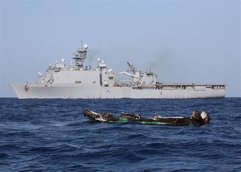 skiff english file uss ashland and pirate skiff gulf of aden jpg