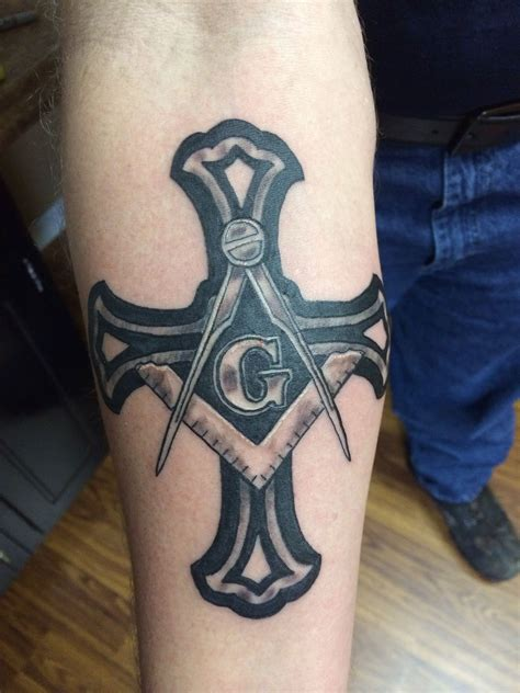 knights templar tattoo cross masonic knights templar ideas