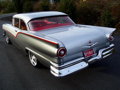1957 FORD FAIRLANE CUSTOM 2 DOOR SEDAN   96283