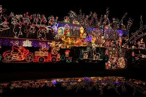 best chrsitmas lighting on east side proud of your lights enter the tap quot best decorated house quot contest livingston nj news