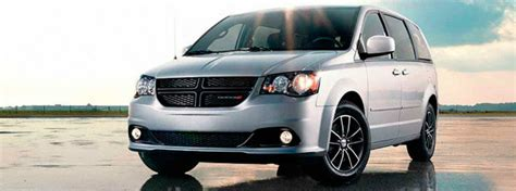 dodge grand caravan fuel capacity 2017 dodge grand caravan towing capacity and engine specs