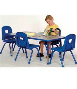 preschool table and 4 chair set