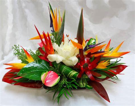 flower arrangement centerpiece tropical arrangements a special touch florists serving lahaina and west with quality