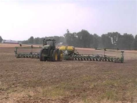 36 Row Planter by Deere 36 Row Corn Planter