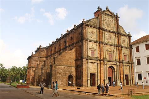 Charming St Bosco Church #1: Church_of_St._Francis_Xavier,_old_goa.JPG