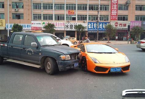 lambo truck 2013 crash china great wall truck vs lamborghini