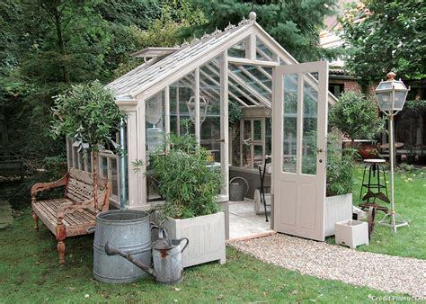 recherche serre de jardin serre ou ch 226 ssis faites le bon choix d 233 tente jardin