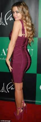 carmon on twitter how do you think is going to get the smacked carmen electra is almost 40 years old do you think she