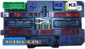 fuses and relays in the luggage compartment opel astra h