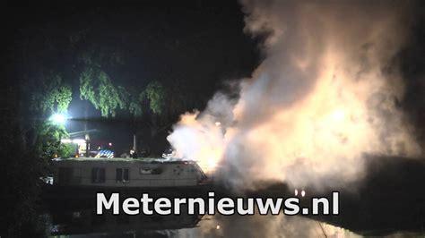 woonboot almelose kanaal zwolle twee doden bij woonbootbrand in zwolle youtube