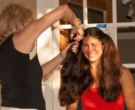 video on cutting long hair into a short shag doing it yourself 17 best images about she cut it or not on pinterest