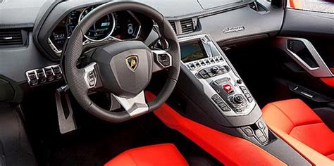 Spion Mobil Lamborghini beritaterkini21 melongok kokpit lamborghini aventador lp700 4