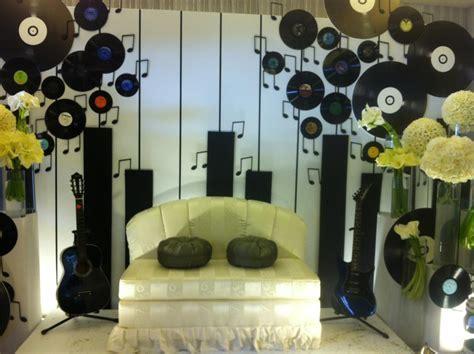 Iylia Chica: Music Theme Wedding