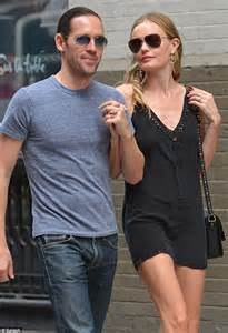 Kate Bosworth and Michael Polish put on an affectionate