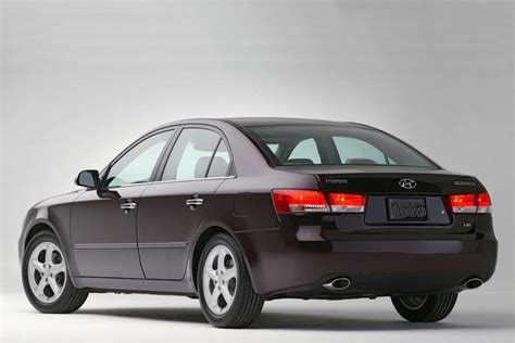 cars hyundai sonata 2006 hyundai sonata reviews specs and prices cars
