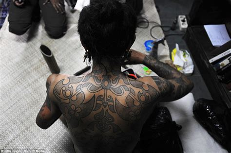female tattoo artist jakarta skin and bare it tattoo artist in indonesia shows off