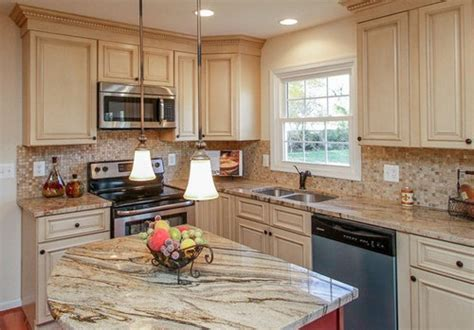 pictures of country kitchens with white cabinets white kitchen cabinets archives country kitchens online