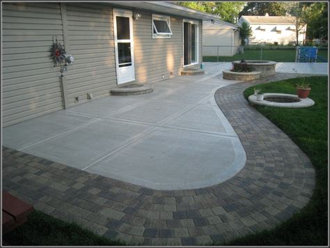 Concrete Paver Patio Designs Patio Ideas With Concrete Pavers Patios Home Decorating Ideas B3mayjrma5