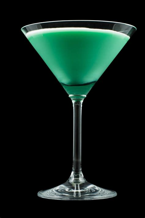 green cocktail grasshopper drink recipe how to the green