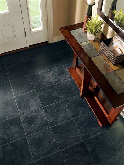 Laminate flooring that looks like tile ? mess everybody up
